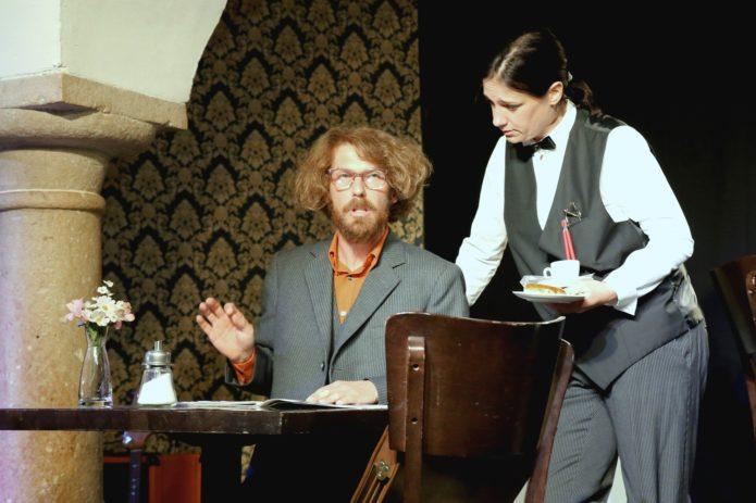 G'SCHEID BLED - Sonderbar Schauspielhaus